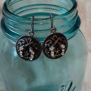 Cute western pistol earrings